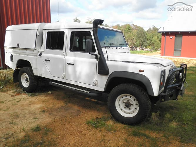 new used land rover defender cars find land rover defender cars for sale. Black Bedroom Furniture Sets. Home Design Ideas