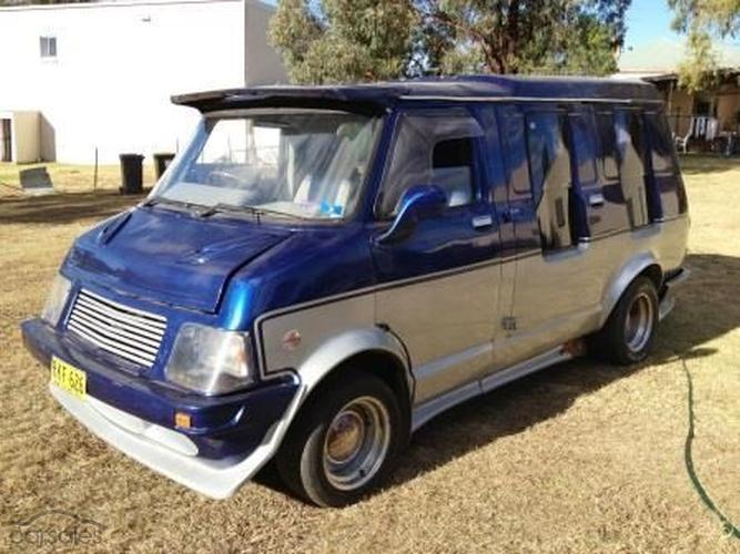 used cars and vans bedford used car and van dealer in. Black Bedroom Furniture Sets. Home Design Ideas