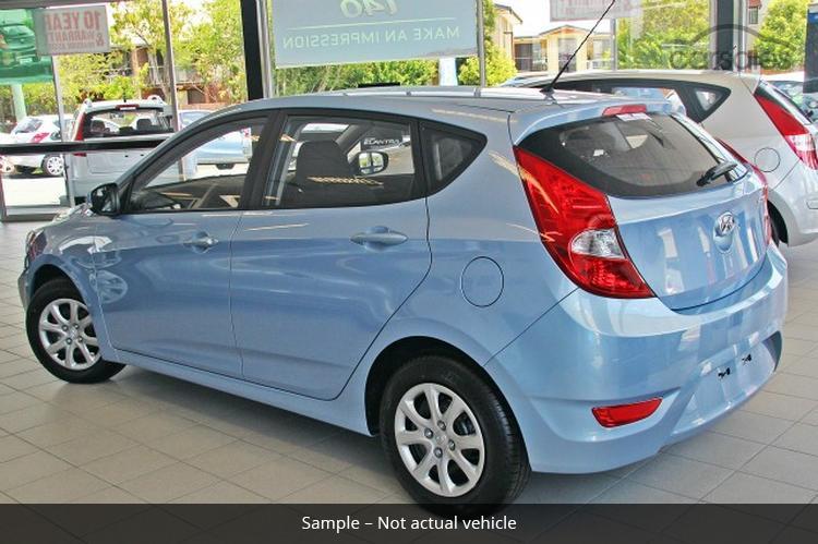 http://liveimages.carsales.com.au/carsales/car/cil/1807765.jpg