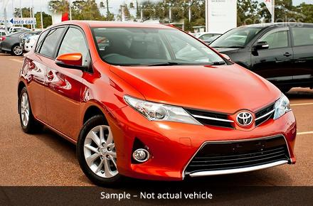 new used toyota cars find toyota cars for sale p1. Black Bedroom Furniture Sets. Home Design Ideas