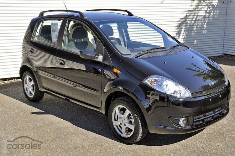 http://liveimages.carsales.com.au/carsales/car/dealer/100759678.jpg