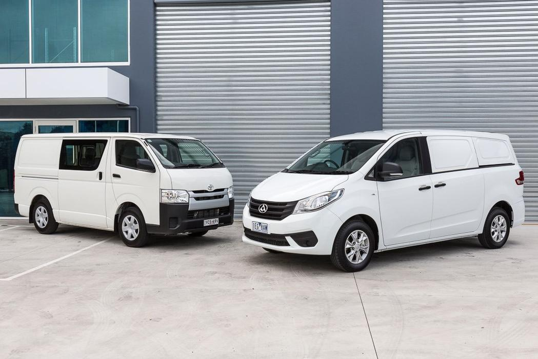 1db6a9af0c LDV G10 v Toyota HiAce 2015 Comparison