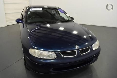 Holden Commodore 2000