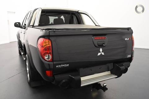 Mitsubishi Triton 2013