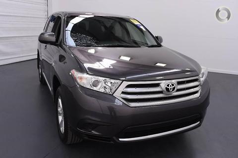 Toyota Kluger 2013