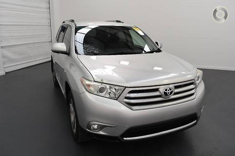 Toyota Kluger 2010