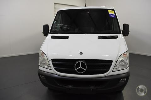 Mercedes-Benz Sprinter 2011