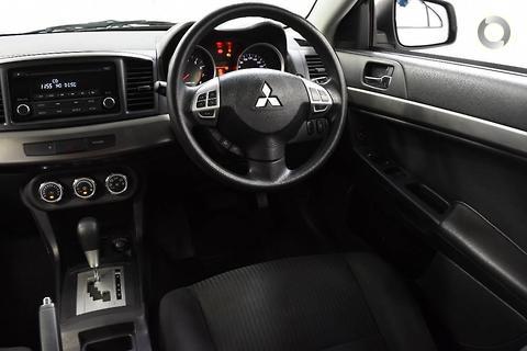 Mitsubishi Lancer 2014