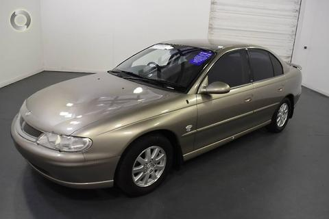 Holden Berlina 2000