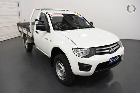 Mitsubishi Triton 2012
