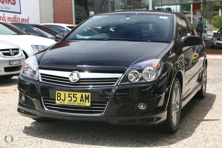 Holden Astra 2004 Sedan. 2008 HOLDEN ASTRA SRI AH