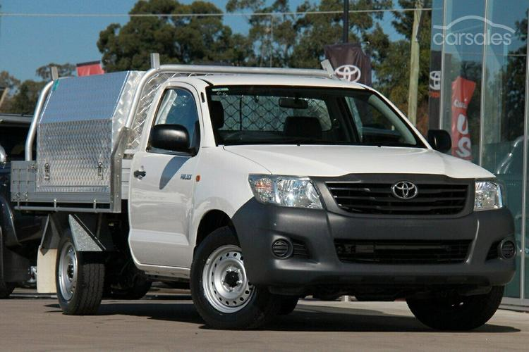 2010 toyota hilux workmate manual my10