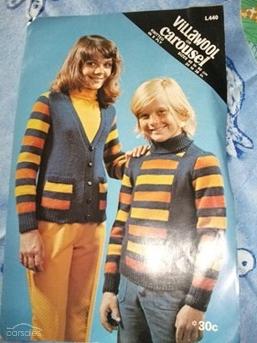 Knitting Pattern Cardigan 8 Ply : VINTAGE KNITTING PATTERN - KIDS CARDIGAN & JUMPER - 8 ply quicksales.co...