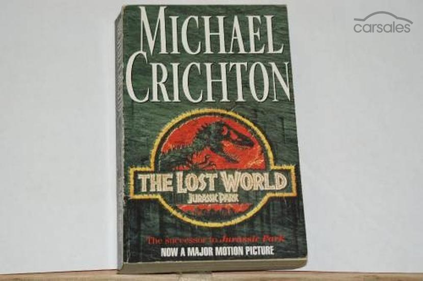 an analysis of the lost world by michael crichton Home study guides jurassic park analysis jurassic park by michael crichton say, the lost world wwwgradesavercom/jurassic-park/study-guide/analysis in mla.